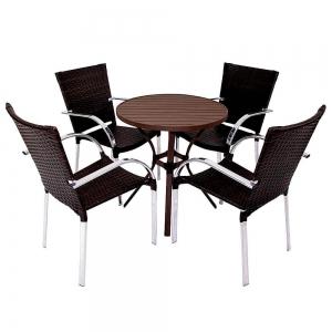 4 cadeiras + mesa Ripada