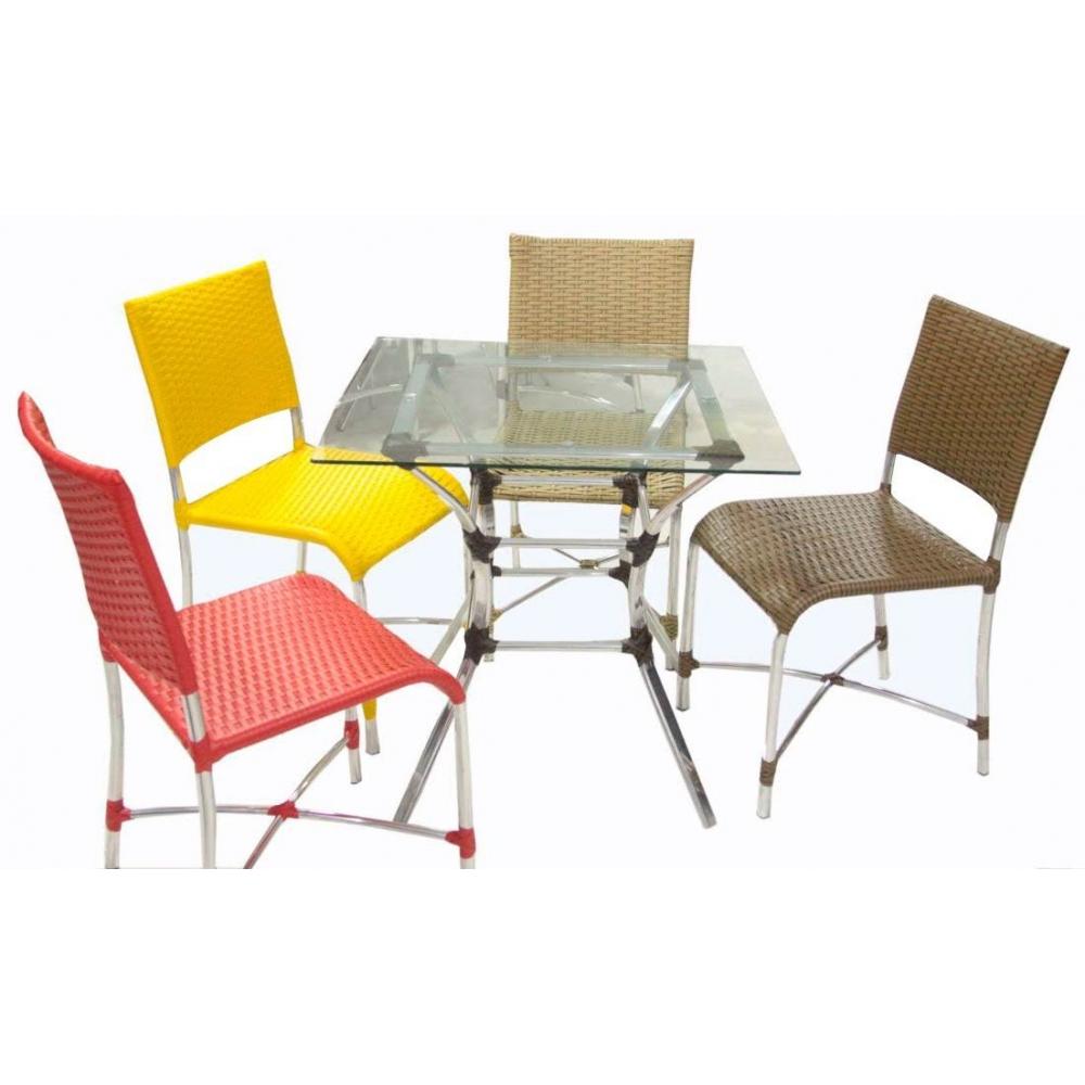 Mesa com 4 cadeiras alpineas -